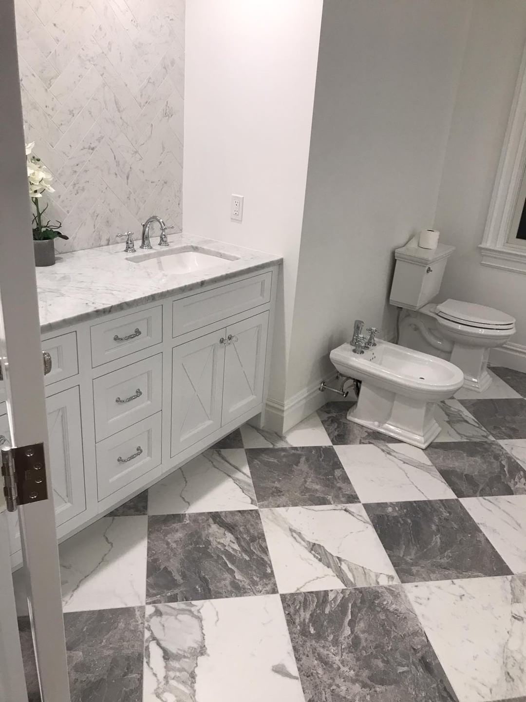 Gray White Porcelain Squares Herringbone Floor Carrera Marble Bathroom